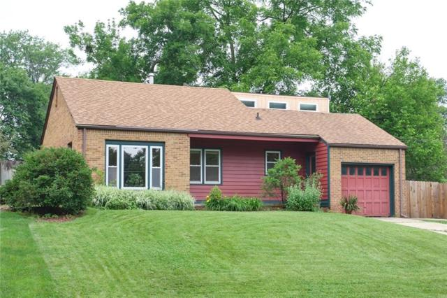 3310 45th Street, Des Moines, IA 50310 (MLS #583423) :: Pennie Carroll & Associates