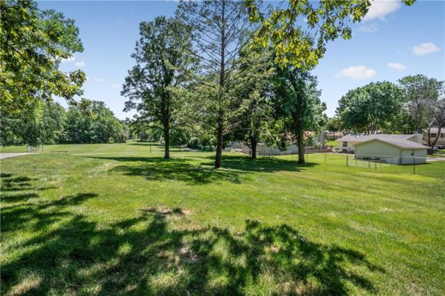 2825 77th Street, Urbandale, IA 50322 (MLS #584751) :: Kyle Clarkson Real Estate Team