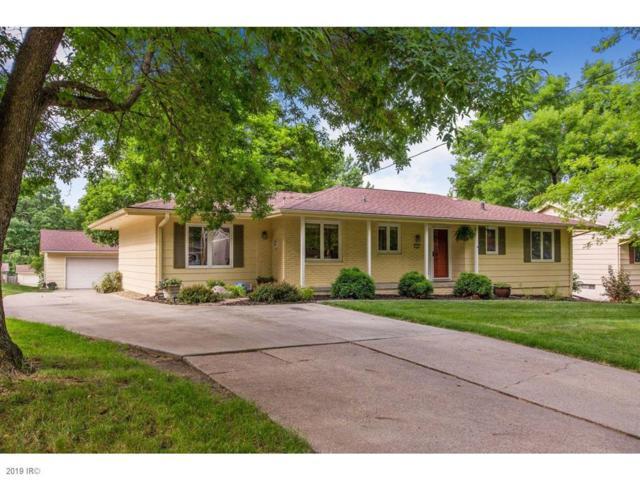 350 E Leach Avenue, Des Moines, IA 50315 (MLS #585318) :: Pennie Carroll & Associates
