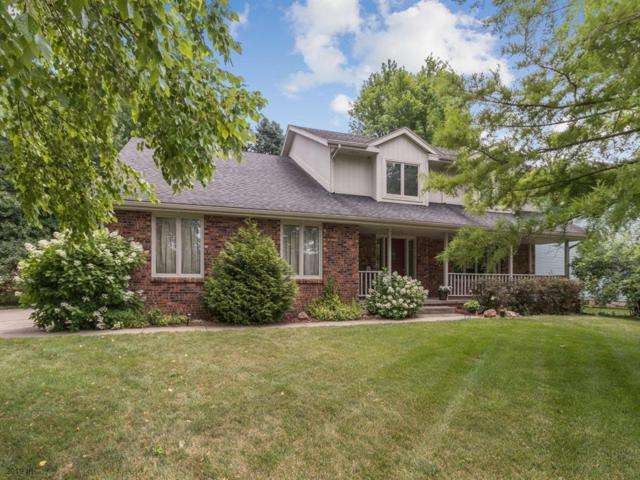 4904 Dakota Drive, West Des Moines, IA 50265 (MLS #587129) :: Better Homes and Gardens Real Estate Innovations