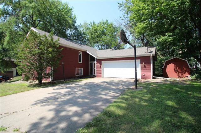 1925 Manor Circle, Grinnell, IA 50112 (MLS #587747) :: Moulton Real Estate Group