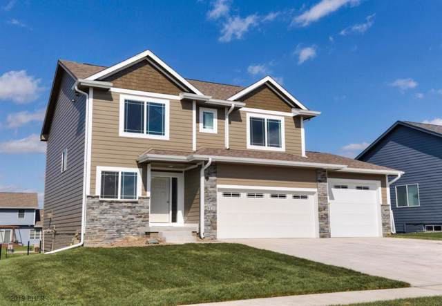 2501 Park Ridge Drive, Granger, IA 50109 (MLS #591807) :: Attain RE