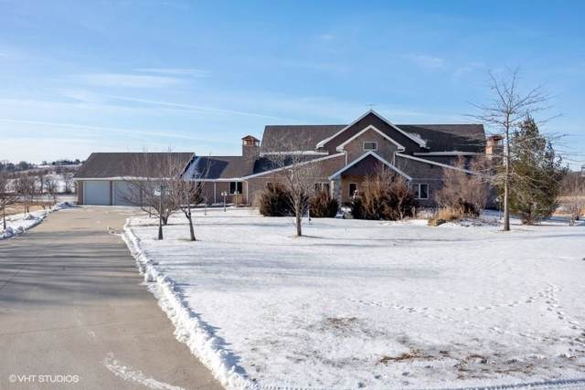 3398 130th Street, Cumming, IA 50061 (MLS #593140) :: Better Homes and Gardens Real Estate Innovations