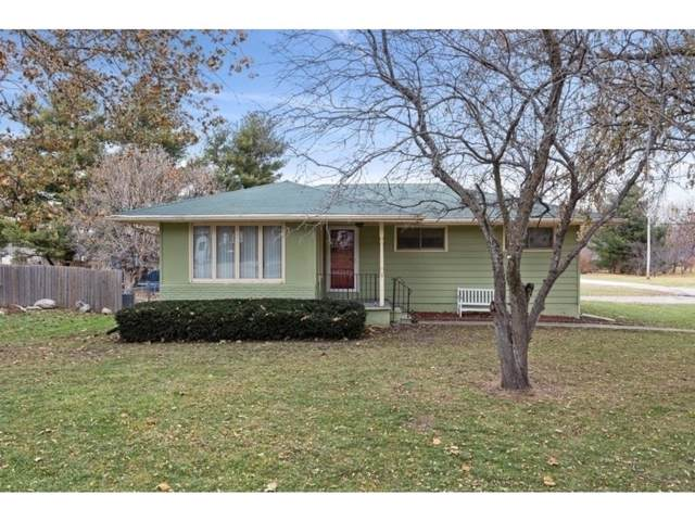 1801 Sugar Grove Avenue, Dallas Center, IA 50063 (MLS #594980) :: Better Homes and Gardens Real Estate Innovations