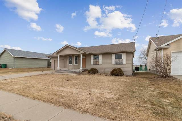 310 NE Elm Street, Elkhart, IA 50073 (MLS #600086) :: Moulton Real Estate Group