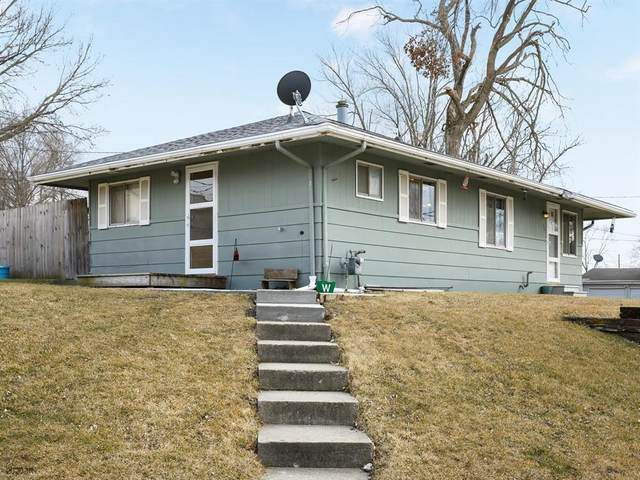 121 S Central Avenue, Lacona, IA 50139 (MLS #601321) :: Moulton Real Estate Group