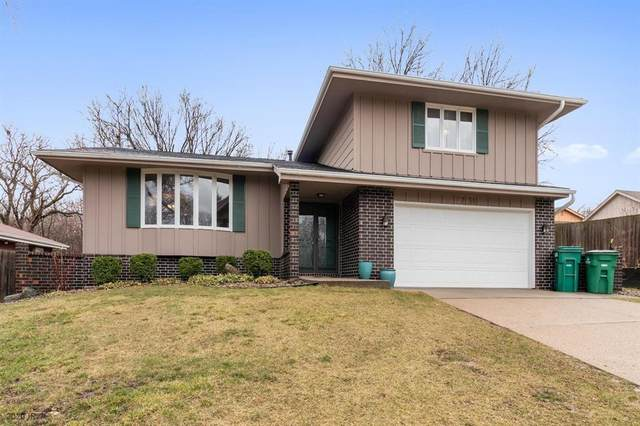 9756 Clark Street, Clive, IA 50325 (MLS #601629) :: EXIT Realty Capital City