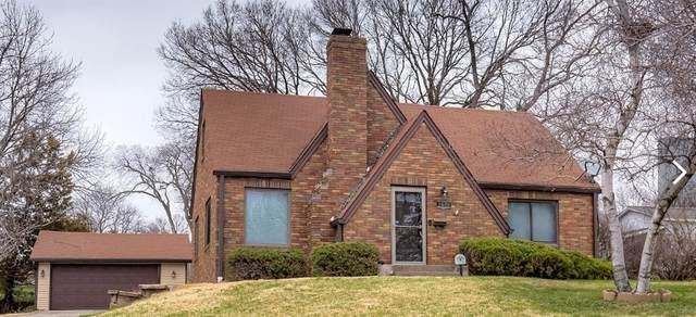 2670 Wisconsin Avenue, Des Moines, IA 50317 (MLS #602050) :: Moulton Real Estate Group
