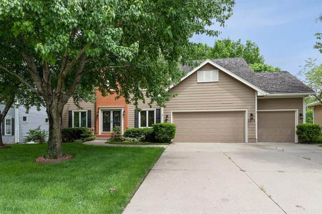 2075 NW 135th Street, Clive, IA 50325 (MLS #606246) :: Better Homes and Gardens Real Estate Innovations