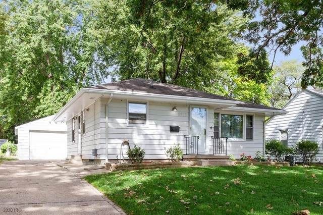 2507 Adams Avenue, Des Moines, IA 50310 (MLS #614993) :: Better Homes and Gardens Real Estate Innovations