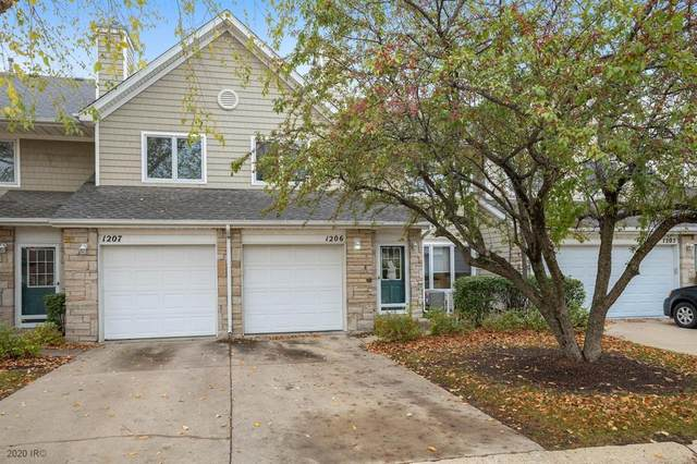 811 Burr Oaks Drive #1206, West Des Moines, IA 50266 (MLS #618808) :: Pennie Carroll & Associates
