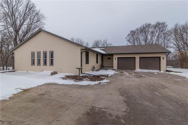 214 S 11th Street, Nevada, IA 50201 (MLS #619258) :: Better Homes and Gardens Real Estate Innovations