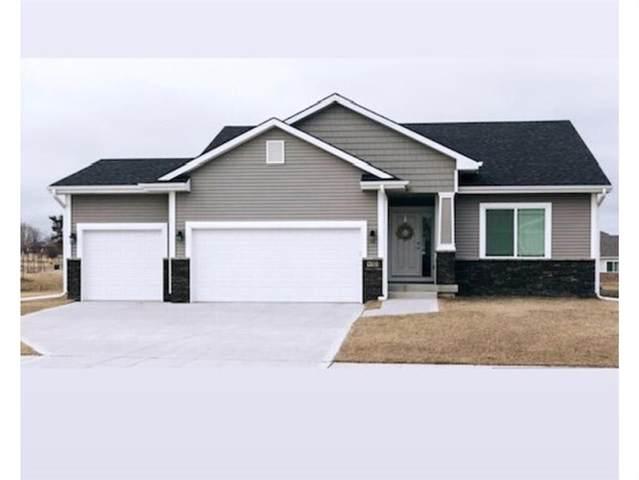 9783 Cedarwood Drive, West Des Moines, IA 50266 (MLS #620804) :: Moulton Real Estate Group