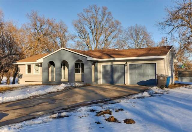647 SE 28th Court, Des Moines, IA 50317 (MLS #621108) :: Better Homes and Gardens Real Estate Innovations