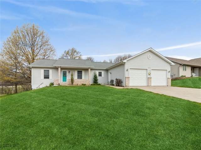 3018 W Larson Street, Knoxville, IA 50138 (MLS #627403) :: Moulton Real Estate Group