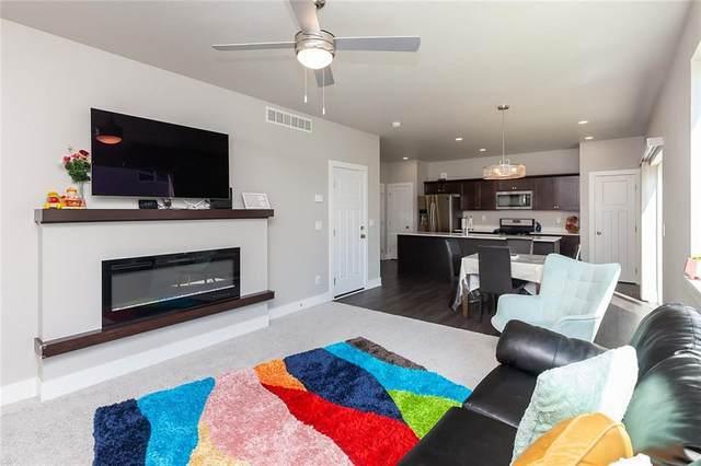 17126 Blue Sage Lane, Urbandale, IA 50323 (MLS #628292) :: Pennie Carroll & Associates