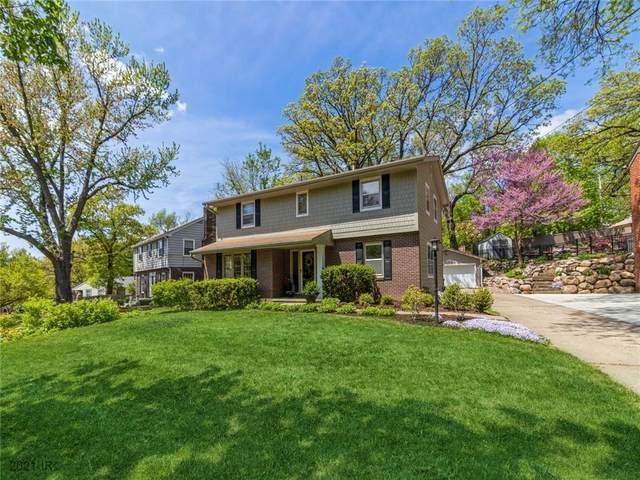 5511 Harwood Drive, Des Moines, IA 50312 (MLS #628352) :: Pennie Carroll & Associates
