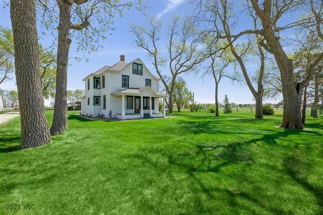 1008 Hull Court, Earlham, IA 50072 (MLS #628530) :: Moulton Real Estate Group