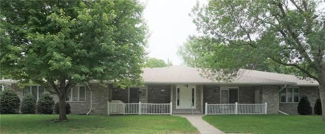 315 S 8th Avenue #1, Winterset, IA 50273 (MLS #631258) :: Moulton Real Estate Group