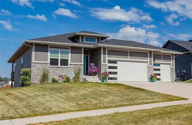 1203 Warrior Run Drive, Norwalk, IA 50211 (MLS #631557) :: Better Homes and Gardens Real Estate Innovations