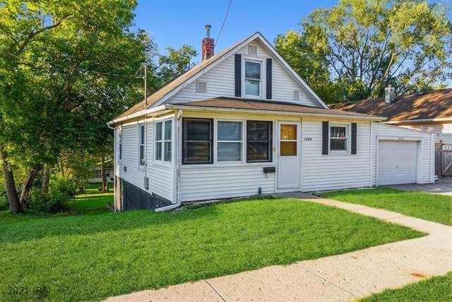 3269 Cleveland Avenue, Des Moines, IA 50317 (MLS #637662) :: Pennie Carroll & Associates