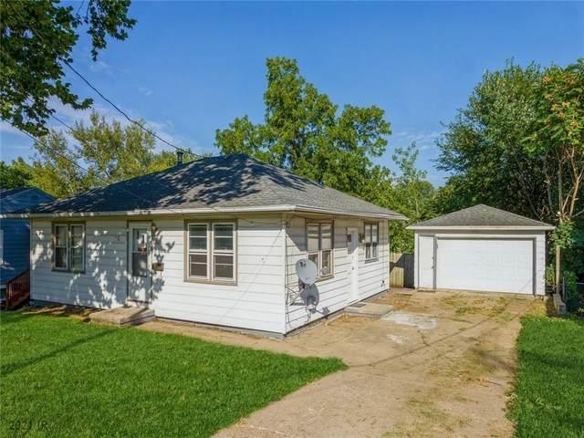 2711 SE 6th Street, Des Moines, IA 50315 (MLS #637786) :: Pennie Carroll & Associates