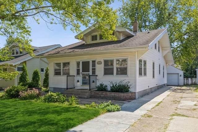 3306 School Street, Des Moines, IA 50311 (MLS #638068) :: Pennie Carroll & Associates