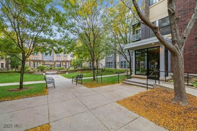 118 Water Street #124, Des Moines, IA 50309 (MLS #640265) :: Pennie Carroll & Associates