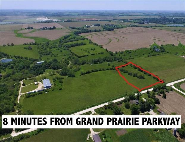 4.76 acre 365th Street, Earlham, IA 50072 (MLS #606396) :: Better Homes and Gardens Real Estate Innovations