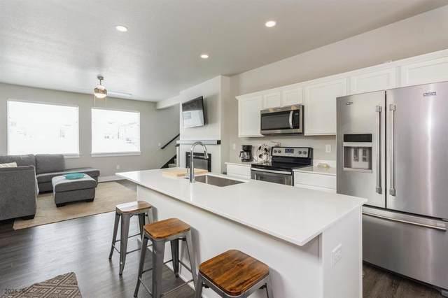 1916 Strauss Avenue, Adel, IA 50003 (MLS #619606) :: Moulton Real Estate Group