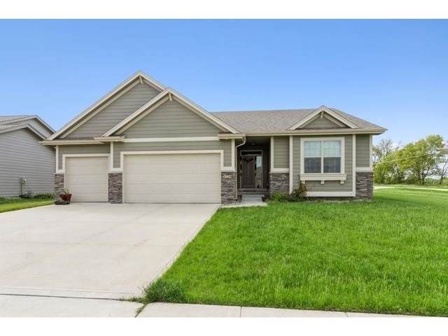 1716 NE Silkwood Court, Grimes, IA 50111 (MLS #622442) :: Better Homes and Gardens Real Estate Innovations