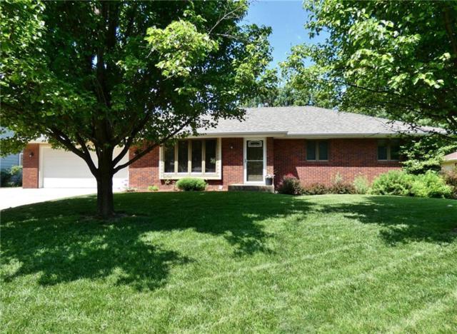 205 E 14th Street, Pella, IA 50219 (MLS #584180) :: Kyle Clarkson Real Estate Team