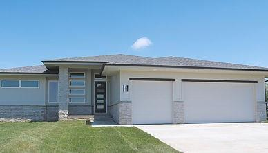 10128 Crownland Place, West Des Moines, IA 50266 (MLS #556914) :: Moulton & Associates Realtors