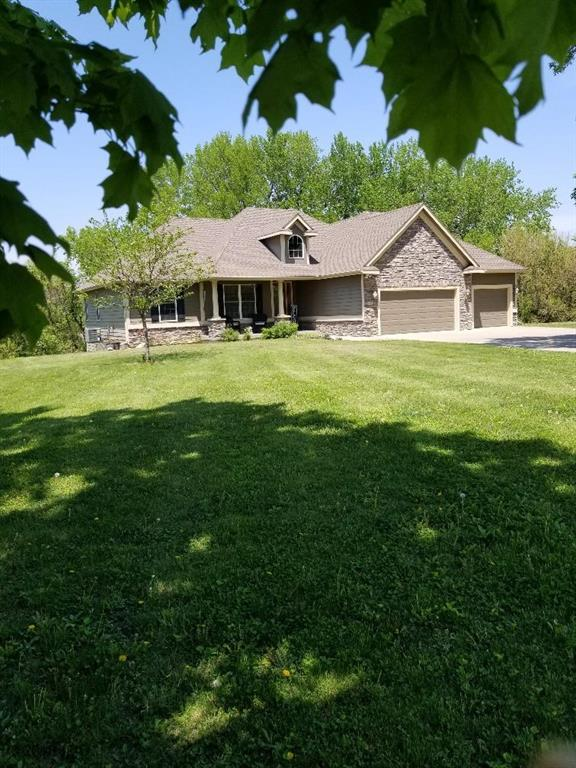 6550 NE 41st Avenue, Altoona, IA 50009 (MLS #561423) :: Moulton & Associates Realtors