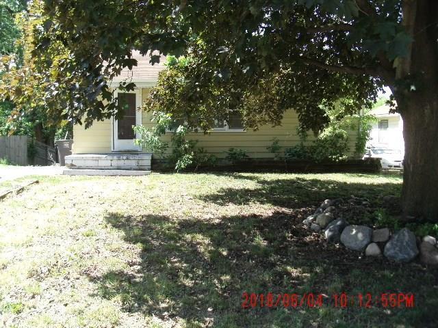 2635 Morton Avenue, Des Moines, IA 50317 (MLS #563768) :: Colin Panzi Real Estate Team