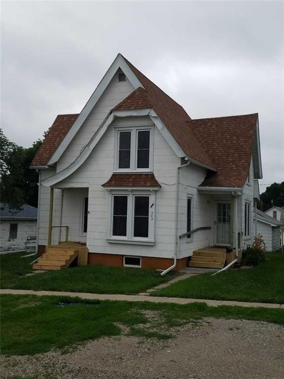 303 Main Street, Guthrie Center, IA 50115 (MLS #564028) :: Better Homes and Gardens Real Estate Innovations