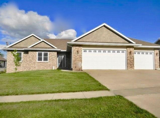 2000 Prairie Street, Grinnell, IA 50112 (MLS #564828) :: EXIT Realty Capital City