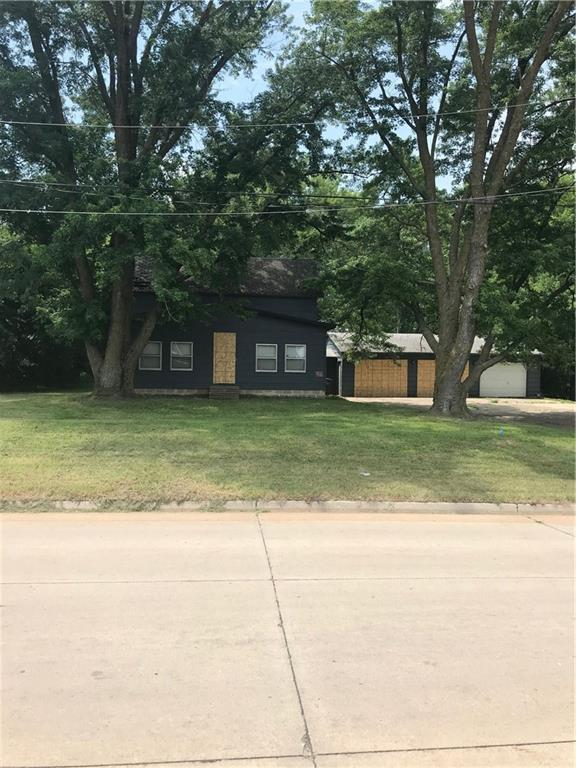 914 SE 12th Street, Des Moines, IA 50309 (MLS #565408) :: Pennie Carroll & Associates