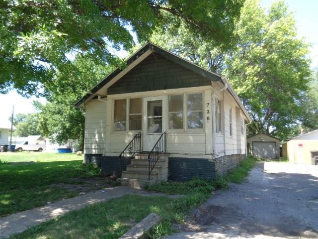 728 E Sheridan Avenue, Des Moines, IA 50316 (MLS #565634) :: Moulton & Associates Realtors