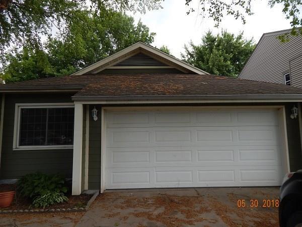 5106 Walnut Street, West Des Moines, IA 50265 (MLS #568693) :: Colin Panzi Real Estate Team