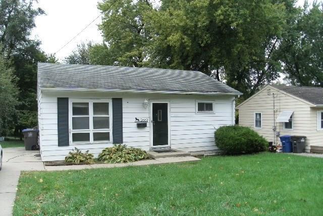 2669 Grandview Avenue, Des Moines, IA 50317 (MLS #570934) :: Colin Panzi Real Estate Team