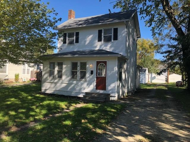 413 9th Street, West Des Moines, IA 50265 (MLS #571532) :: Colin Panzi Real Estate Team