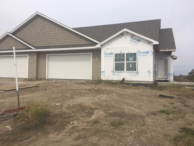 486 Bella Vista Court, Huxley, IA 50124 (MLS #571896) :: Better Homes and Gardens Real Estate Innovations