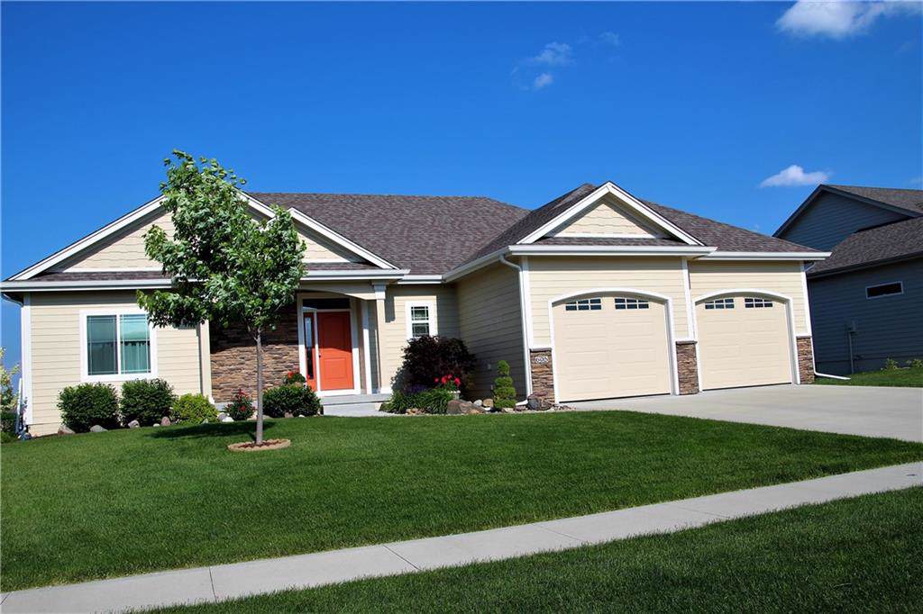 605 NW Horizon Court, Ankeny, IA 50023 (MLS #575437) :: Pennie Carroll & Associates