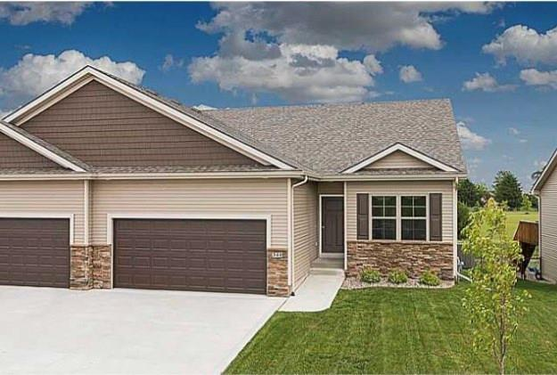 210 NW Autumn Crest Drive, Ankeny, IA 50023 (MLS #575453) :: Pennie Carroll & Associates