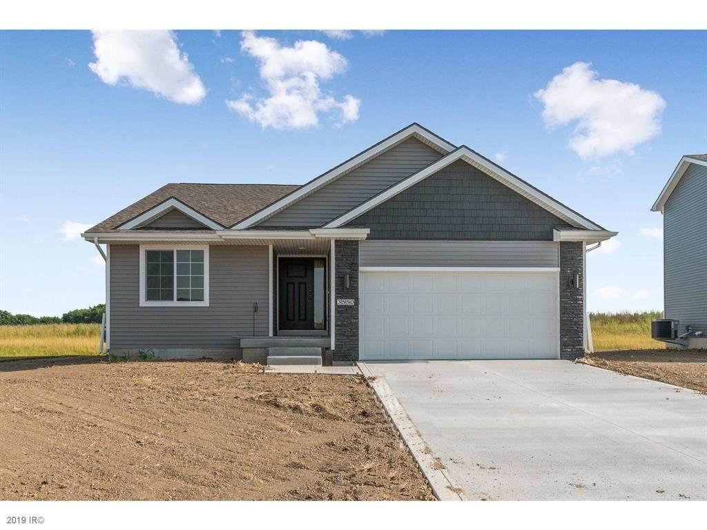 3550 NE Winding Trail Drive, Ankeny, IA 50021 (MLS #577904) :: Colin Panzi Real Estate Team