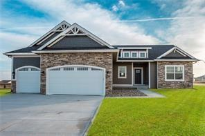16236 Goldenrod Drive, Urbandale, IA 50323 (MLS #578226) :: Better Homes and Gardens Real Estate Innovations