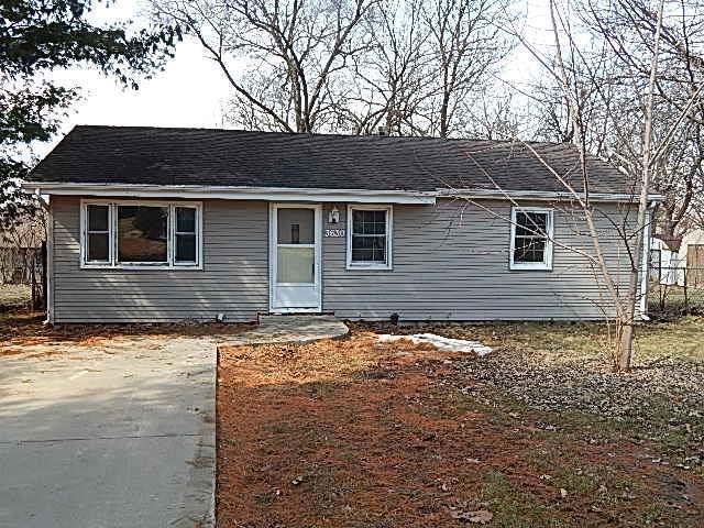 3630 E 39th Street, Des Moines, IA 50317 (MLS #578355) :: Colin Panzi Real Estate Team
