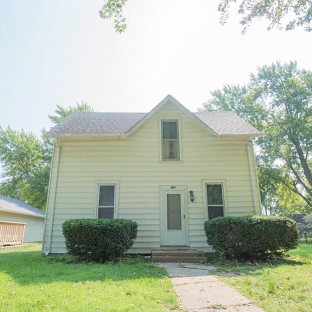 407 N Gaines Street, Stuart, IA 50250 (MLS #581941) :: Kyle Clarkson Real Estate Team