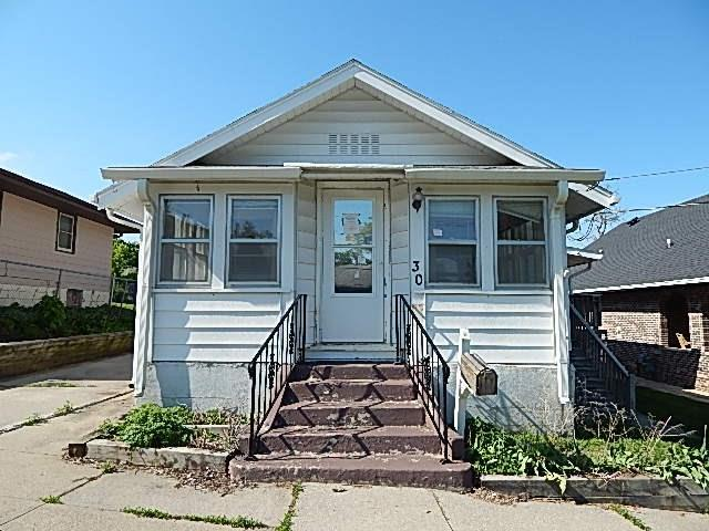 30 E Fulton Drive, Des Moines, IA 50315 (MLS #583227) :: Colin Panzi Real Estate Team